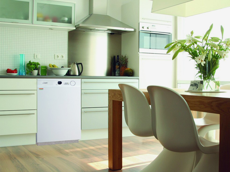 Firebird-Enviromax-Combi-in-kitchen